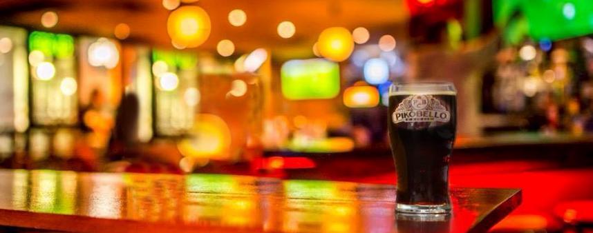 PIKOBELLO PINT GlasFootball Casuals Pub Culture