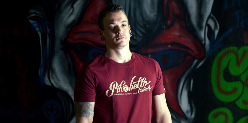 T-Shirt-Lettering-Oxblood-Slider-868-×-431