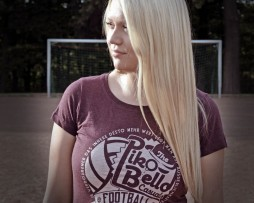 PIKOBELLO-Casuals-T-Shirt_Retrologo_Heather_Grape_Red_2_1024