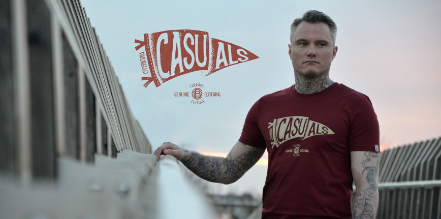 PIKOBELLO-Casuals_T-Shirt_Flagge_Burgundy_Slider_868x431