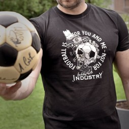 PIKOBELLO-Casuals-T-Shirt_Football is for you and me_1024