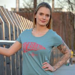 PIKOBELLO-Casuals-T-Shirt_Flagge_Eucaluyptus_3-1024x1024