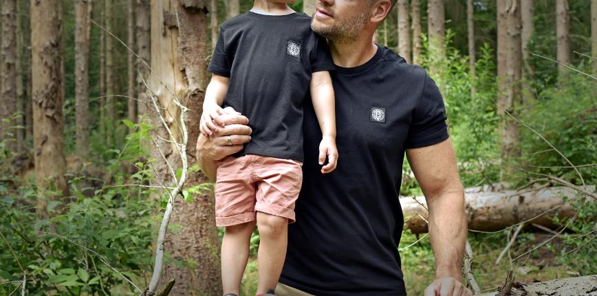 Pikobello_T-Shirt_Weblabel_Black_Father_Son_Slider